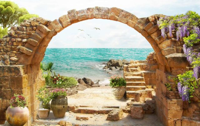 арка из скал и море