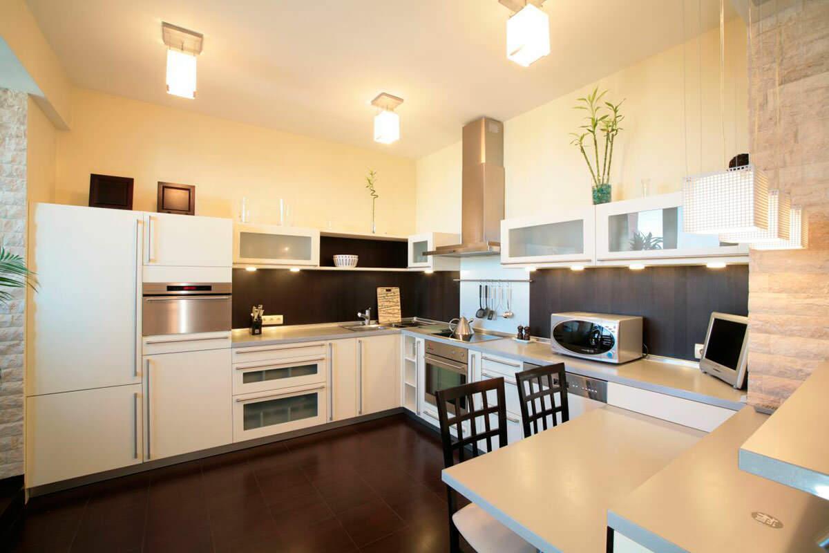 матовые потолки на кухню